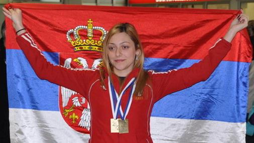 Bobana Veličković sa osvojenim zlatnim medaljima na ranijim takmičenjima