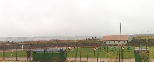 Malobrojna publika na stadionu ''4 kilometar'' / foto: Live SPORT (ARHIVA)