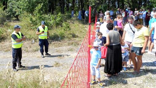 Obezbeđenje na Aero mitingu u Boru / foto: D.Popaz