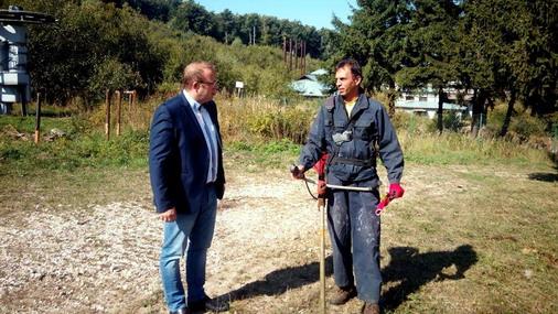 Aleksandar Milikić, predsednik Opštine Bor, u obilasku radova na skijalištu Crni vrh / foto: A.Milikic-facebook